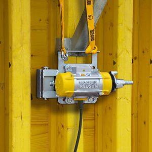 noleggio-vibratore-esterno-calcestruzzo-AR-26-treviso-edilizia